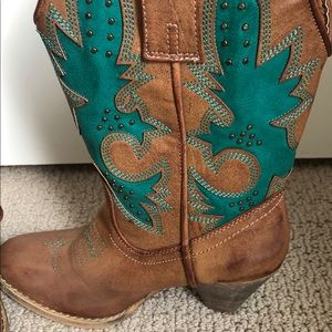Very Volatile Cowgirl Boot Turquoise and Brown 6.5